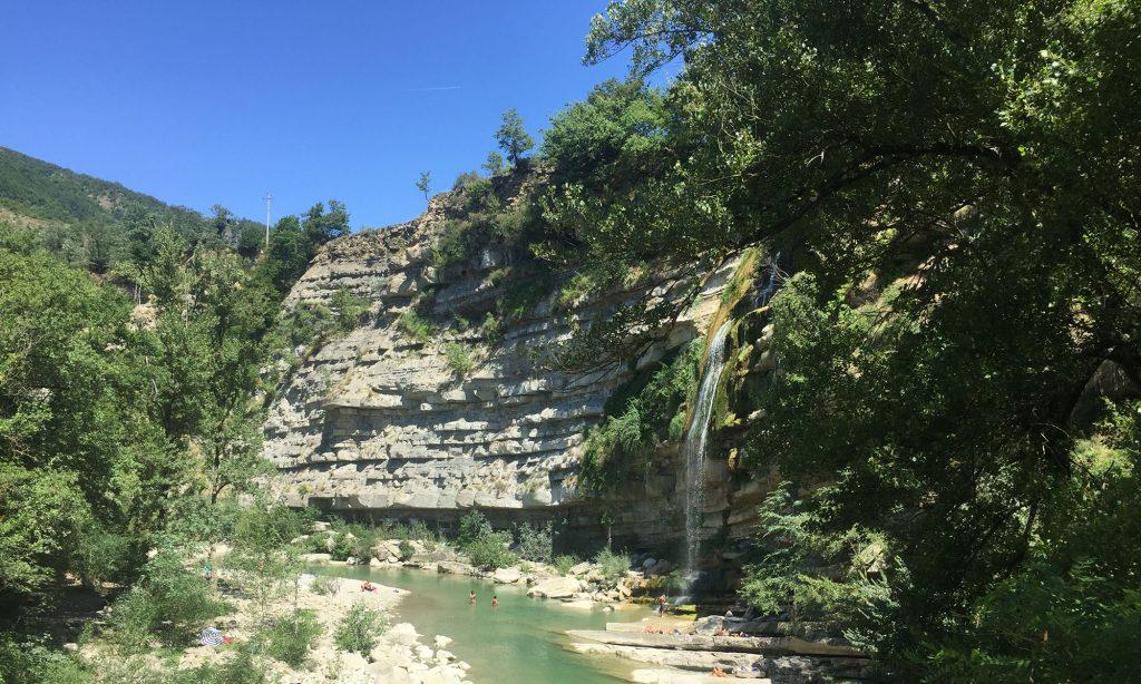 Il salto del fosso Brigante nel Santerno presso Moraduccio