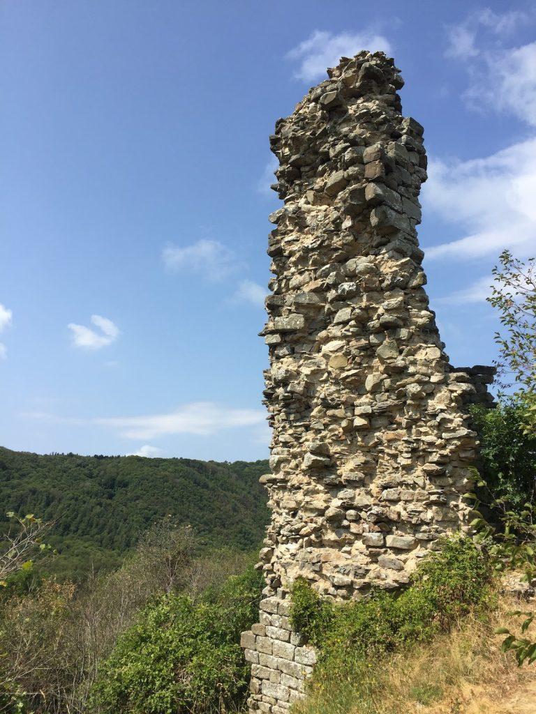 rovine della torre del castello di Monterotondo (Ca. 1270)